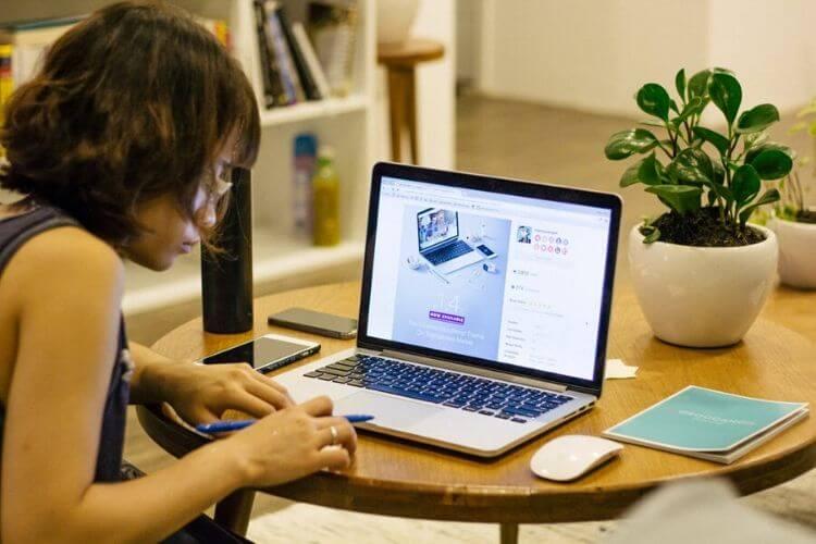 Comment gagner de l'argent en ligne avec Facebook